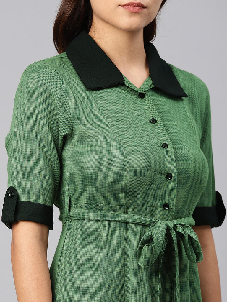 Shirt Collar Dress With Contrast Collar And Belt