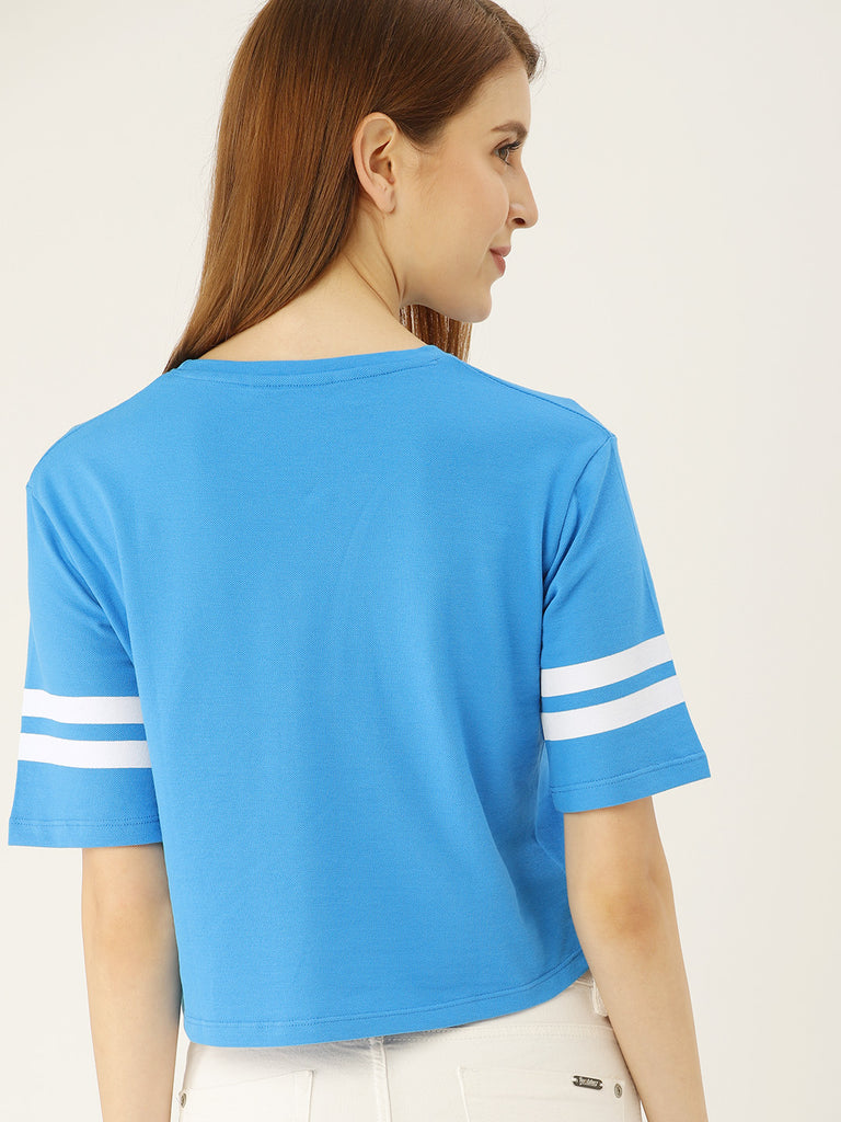ROUND NECK SOLID TEE WITH PRINTED STRIPES ON SLEEVE