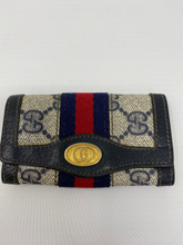Load image into Gallery viewer, Gucci GG Supreme Keyholder - Vintage