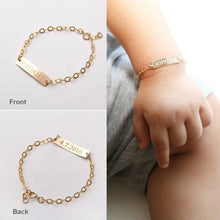 Load image into Gallery viewer, Custom Baby Name Gift Bracelet