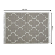 Load image into Gallery viewer, Tan Moroccan Quatrefoil Pattern Rug with Tassels - Blakes Discounts