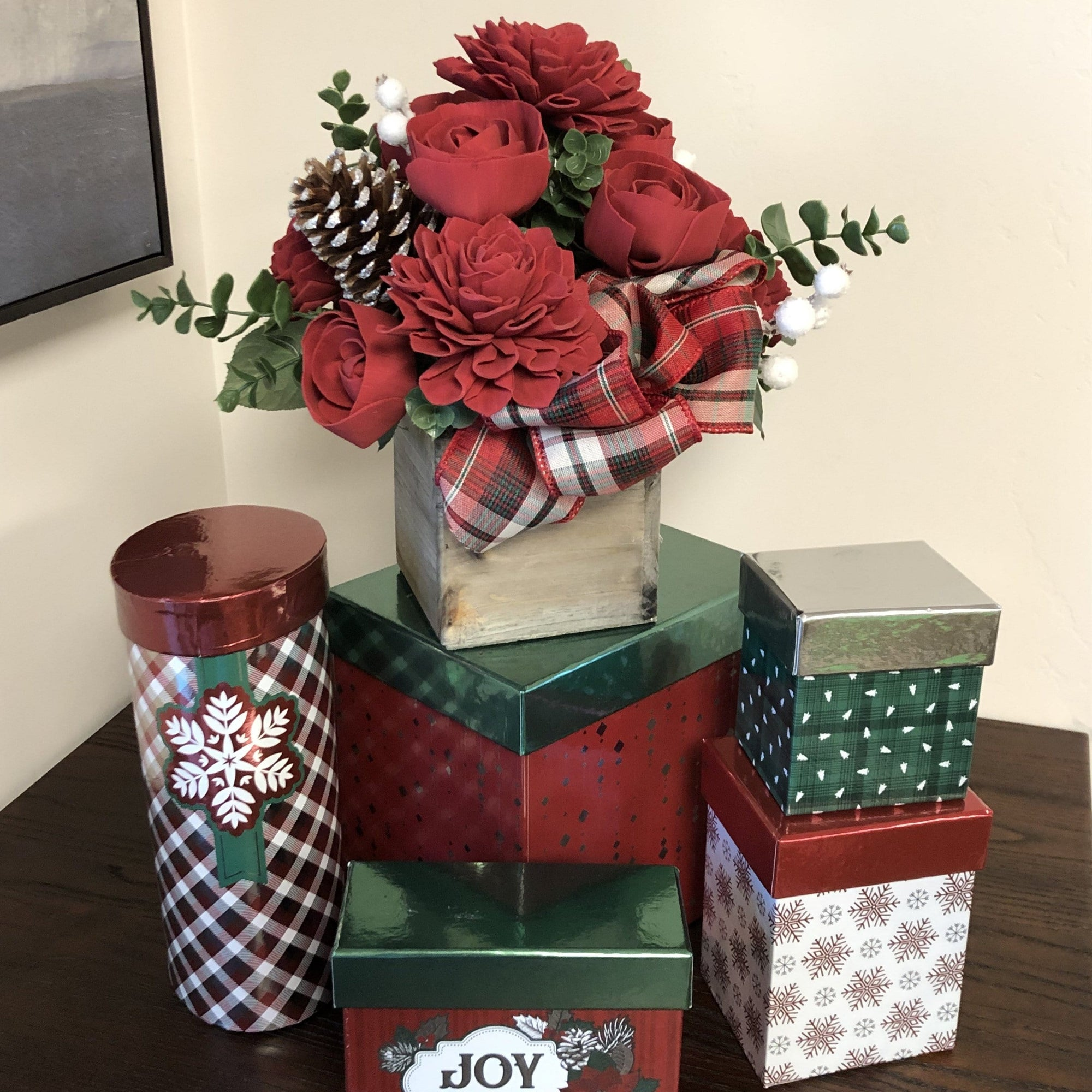 Holiday Flowers with Treats Gift Set