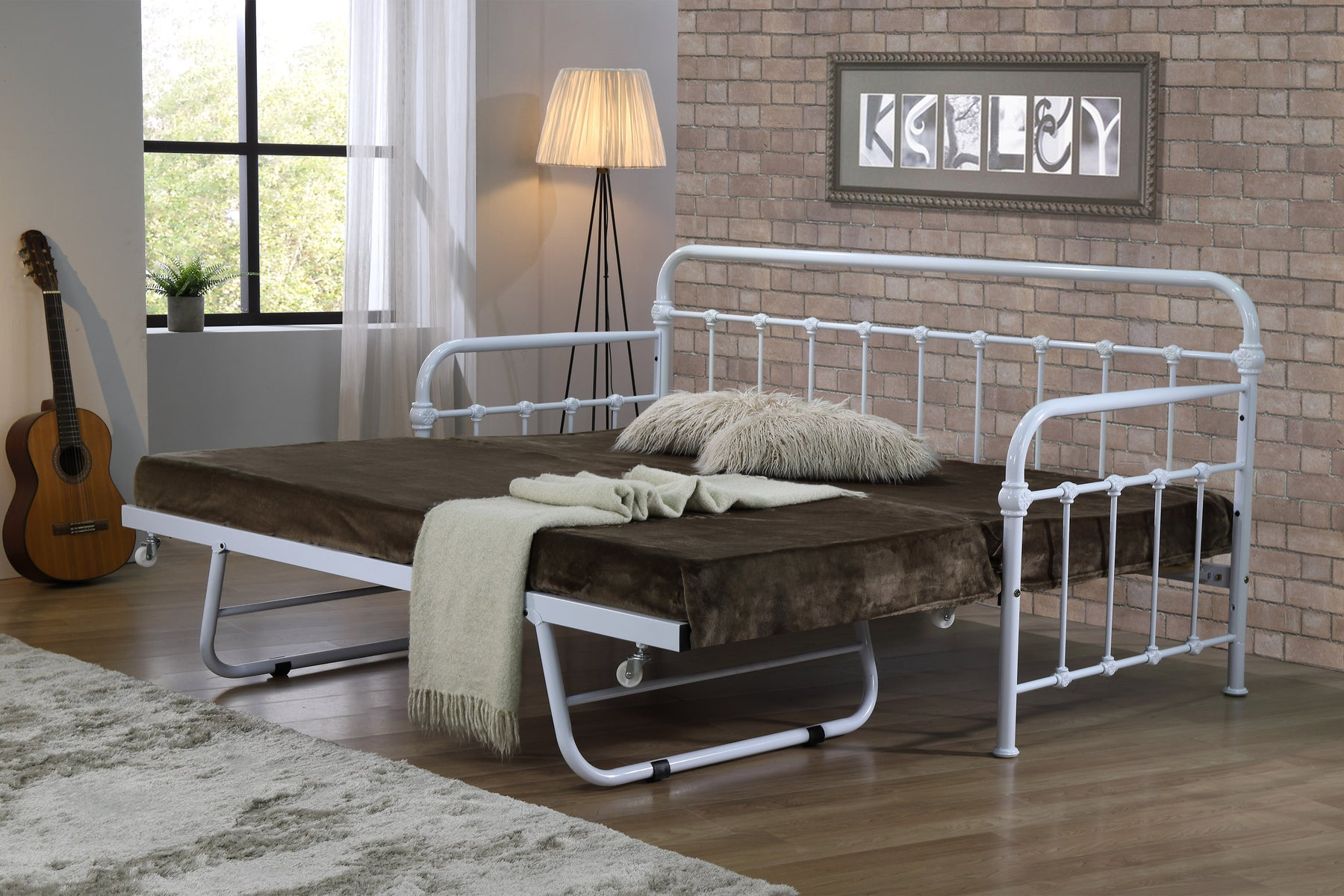 Malmo Day Bed White