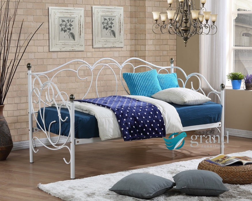 Alaska White Day Bed Frame with Trundle