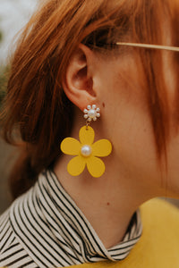 Perfectly Plucked Posies Drop Earrings