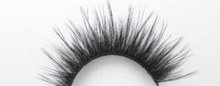 Load image into Gallery viewer, Raw Bar 3D Silk British Volume Eyelashes-Cruelty free-Black/Clear band
