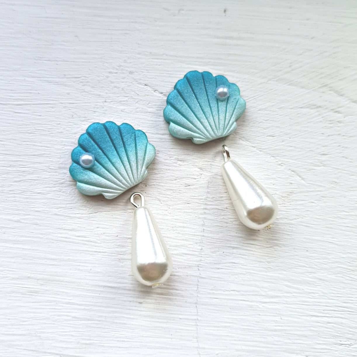 Treasures of the Sea Series Shell Pearl Drops (Teal)