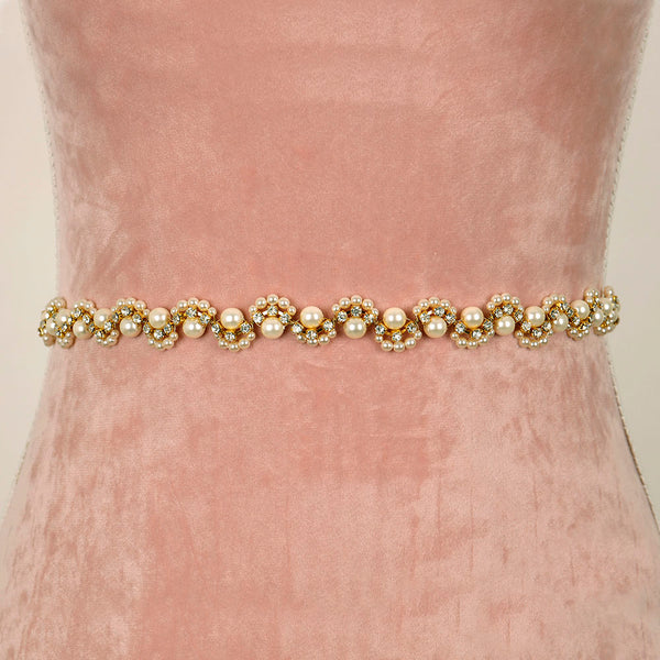 Winterberry Bridal Belt with Ribbon Ties