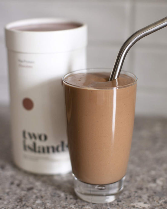 Peanut butter & chocolate pick me up smoothie