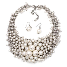 Load image into Gallery viewer, Collar Pearl Necklace