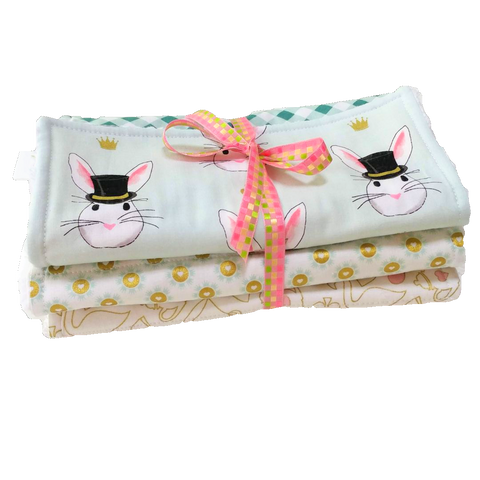 gold-modern-style-burp-cloths-rabbits