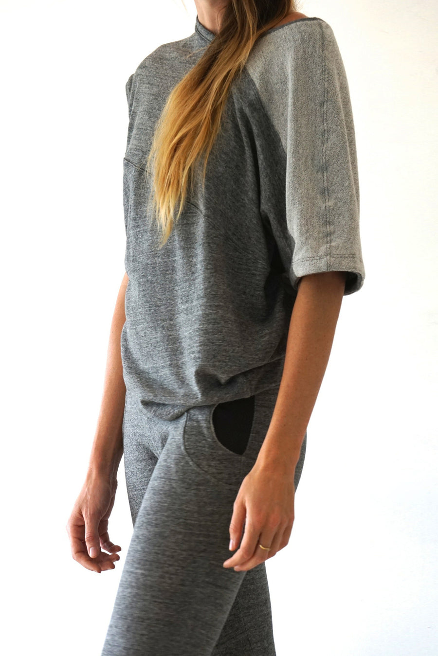 Sweat top : Heather Grey