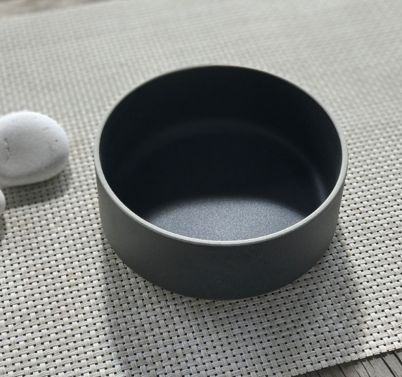 Hasami Black Bowl 5 5/8