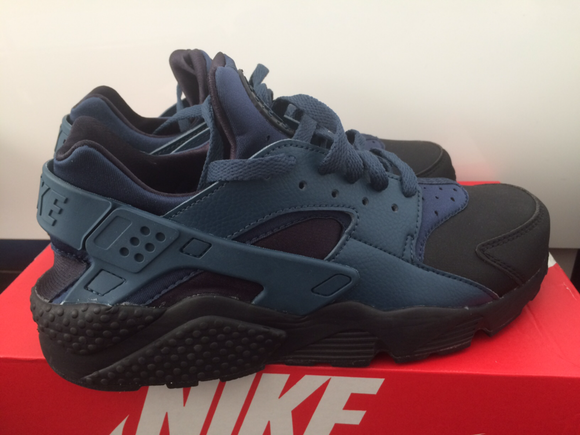 Nike Air Huarache Run PRM Size 9.5 Men's