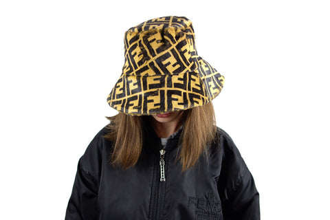 Fendi zucca faux fur bucket hat billie eilish