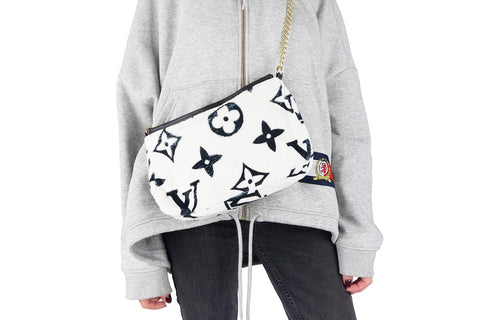 Cozy white louis vuitton shoulder bag