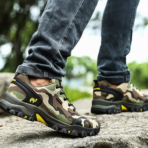 Outdoor hiking camouflage sports anti-skid sneakers