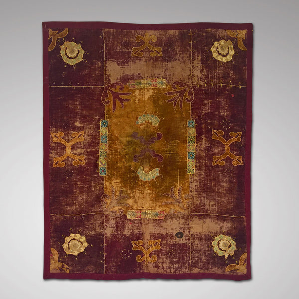 Velvet hanging with applique Motifs