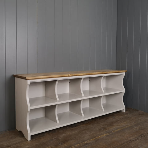 Country Cubby Bench