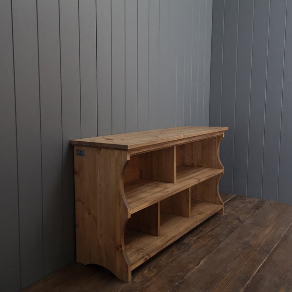 Classic Shoe Bench with Cubbies