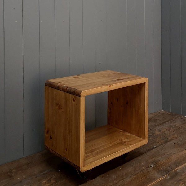 The Cube (Vinyl Record Storage Side Table)