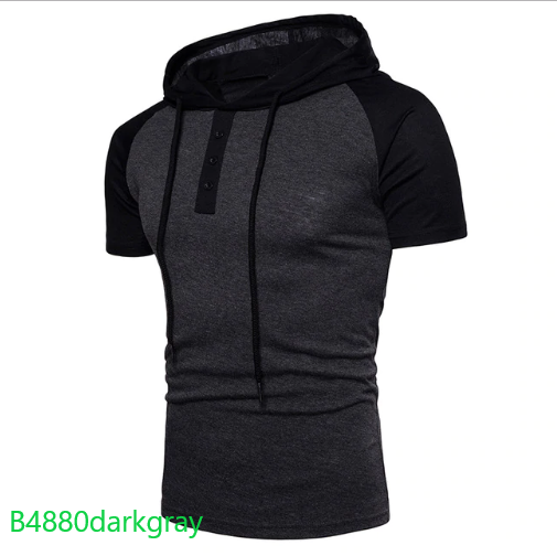 T-shirt with a hood 3