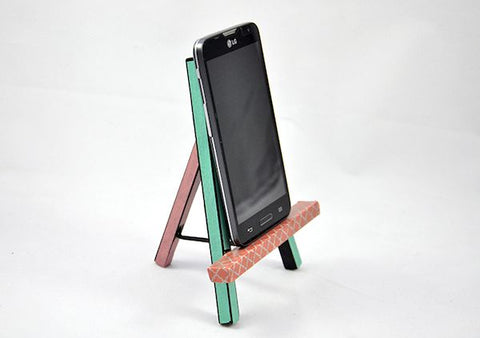 diy phone easel stand
