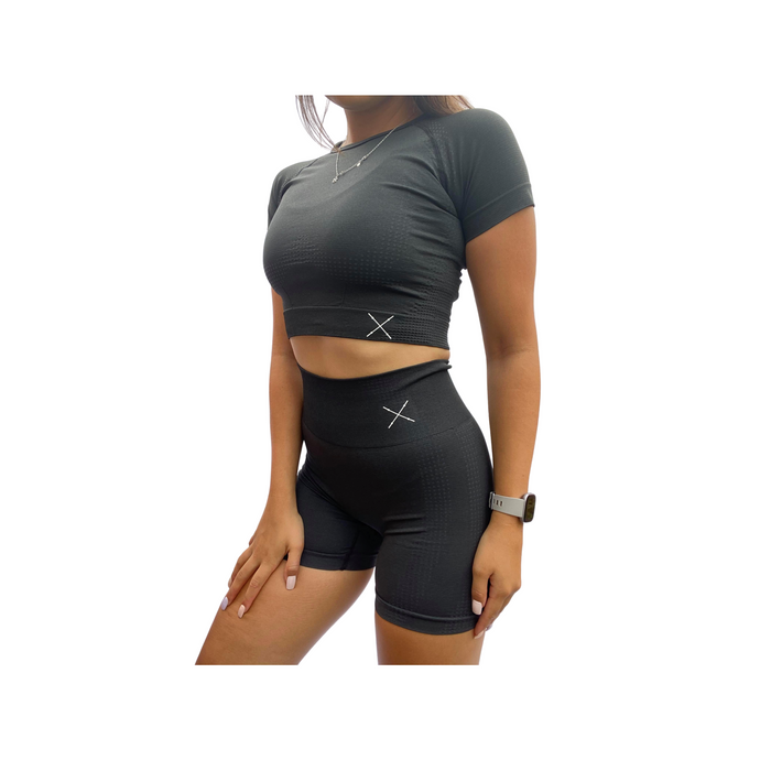 Women seamless fitness shorts.