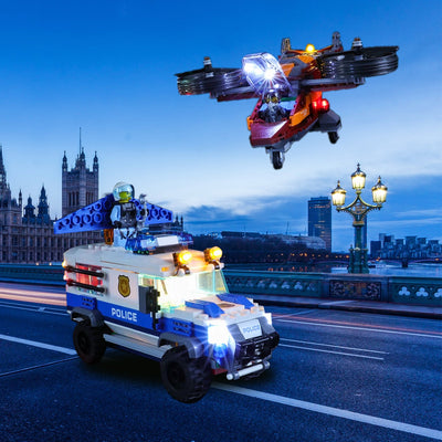 Action Trill with Lighting LEGO Sky Police Diamond Heist 60209 Set