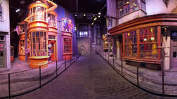 Check The Details Of London Magical Street Shopping From HarryPotter Movie With Lego Diagon Alley 75978