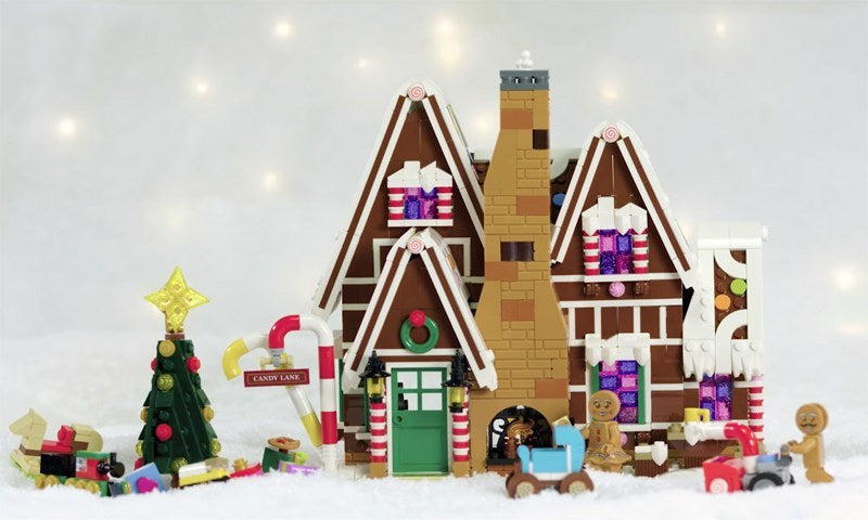 Lego Confectionery Lighting Build Gingerbread House set 10267