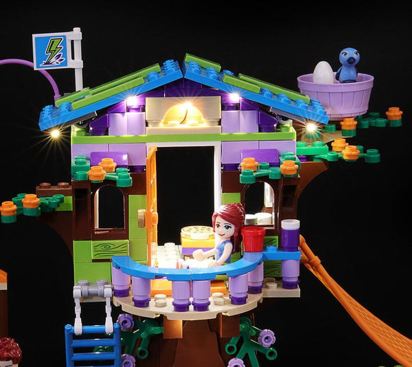 light up lego Mia's Tree House set
