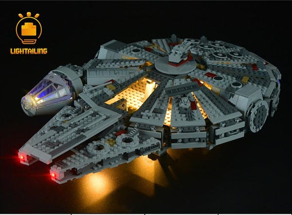 Star Wars UCS Falcon