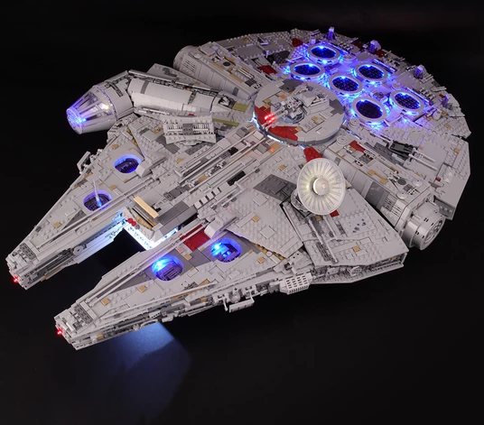 Ultimate Millennium Falcon 75192