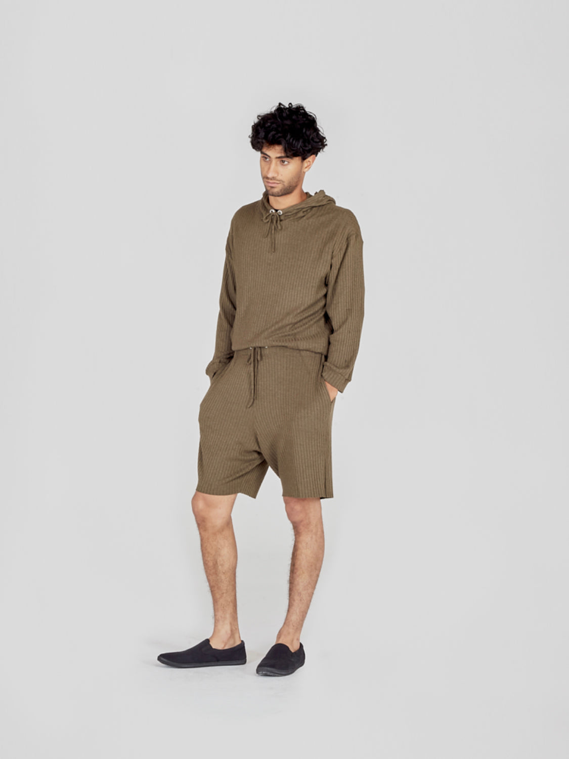 I AND ME khaki ribbed shorts