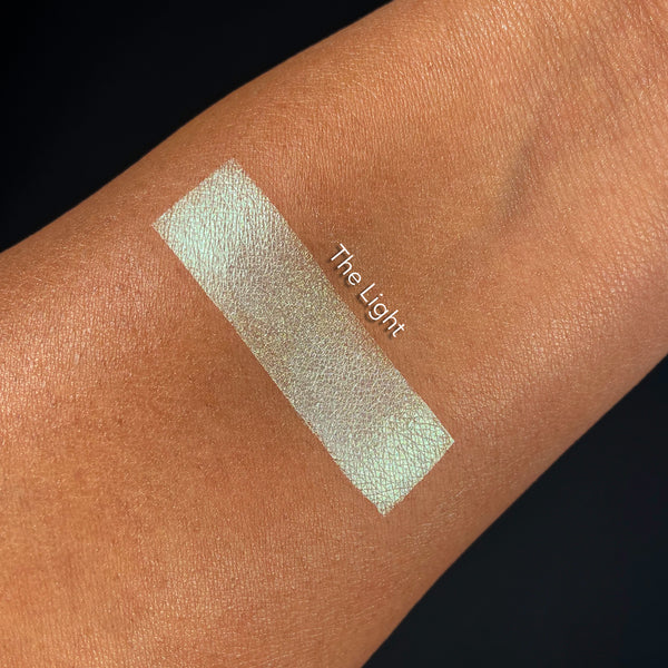 the-light-highlighter-swatch
