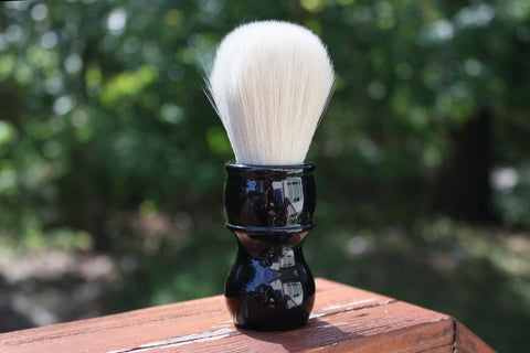 24mm Cashmere w/ Jet Black Handle