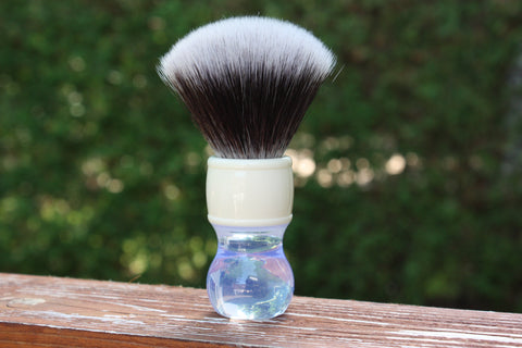 24MM 2BED Synthetic FAN w/ Winter Handle - Extra Dense Shaving Brush - Cream/Brown - Imitation Badger