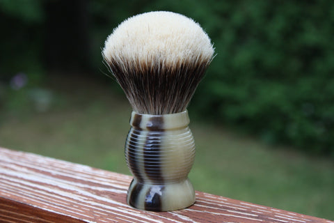 28mm Gelousy SHD Bulb w/Faux Horn Beehive Handle - Specially Treated 2 Band Finest Badger Knot