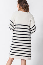 Load image into Gallery viewer, Long Stripe Cardigan