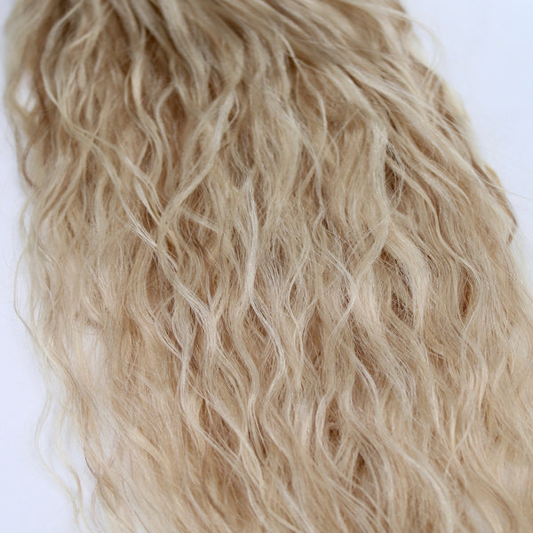 "22"" Beach Wave Hand Tied Wefts - 10/8CBL(Cool Blonde Mix)"