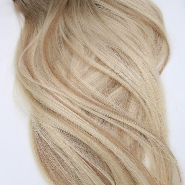 "22"" Hand Tied Wefts - 10/8CBL (Cool Blonde Mix)"
