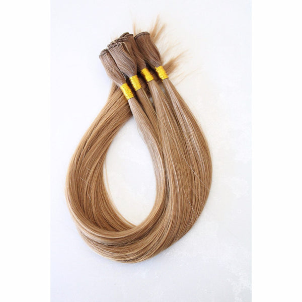 "18"" Hand Tied Wefts - 8G (Golden)"