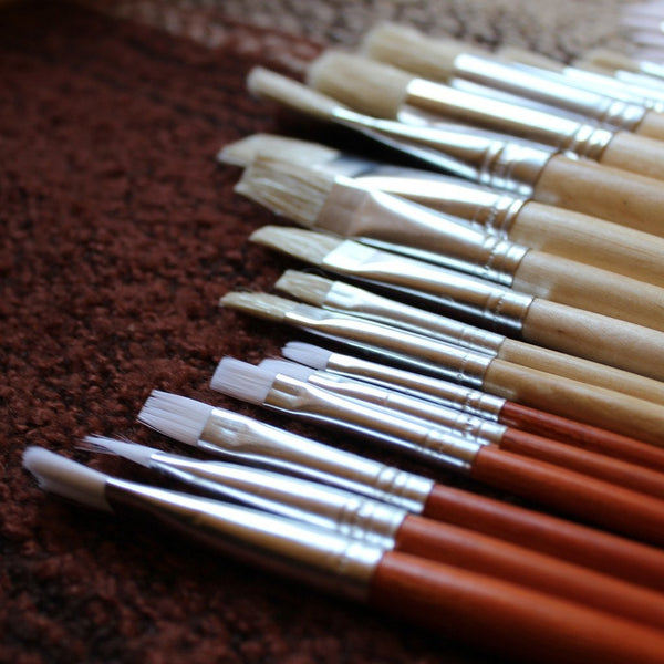 24 Artist Paintbrush Set| Large artist brush set in a linen bag| Ideal for use with oil, acrylic or watercolors. Best equipment for beginners and pros