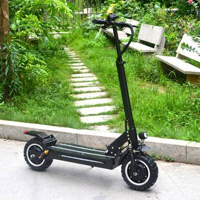 F&F 11 inch Dual motor Scooter AS110 Foldable 1600W 60V Motor with Total Six Suspensions and 2 Remote Control