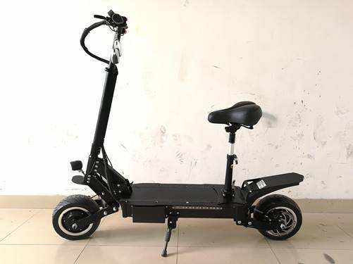 F&F 11 inch Dual motor Scooter AS110 PLUS Foldable 1600W 60V Motor with Total Six Suspensions and 2 Remote Control