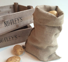 Load image into Gallery viewer, 	Hessian Potato Sack Easy Carry 30 x 45cm 5kg Half Size Vegetable Storage Bag