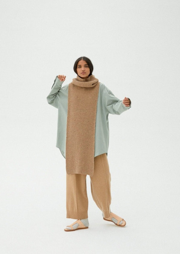 Chunky Soft Wool Collar Camel