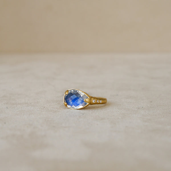 3.8 ct Rose Cut Moonstone Ring, .21ct Diamond  in 18 kt Gold