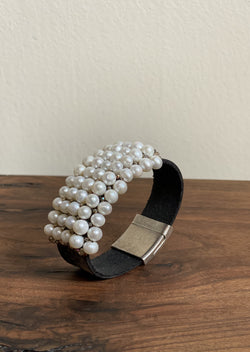Fresh Water Pearl Gem Cuff